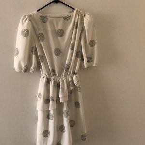 Vintage white bubble pattern dress with ruffles